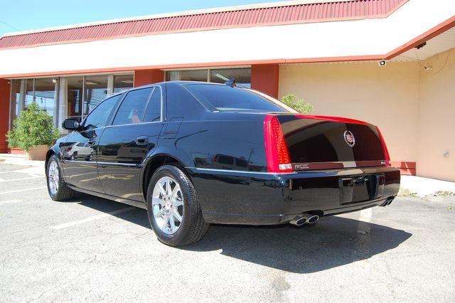 2011 Cadillac DTS Luxury Collection Charlotte, North Carolina 3