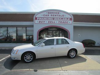 2011 Cadillac DTS Luxury Collection in Fremont OH, 43420