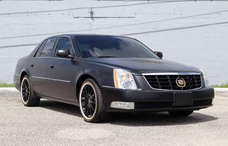 2011 Cadillac DTS Premium Collection Hollywood, Florida 1