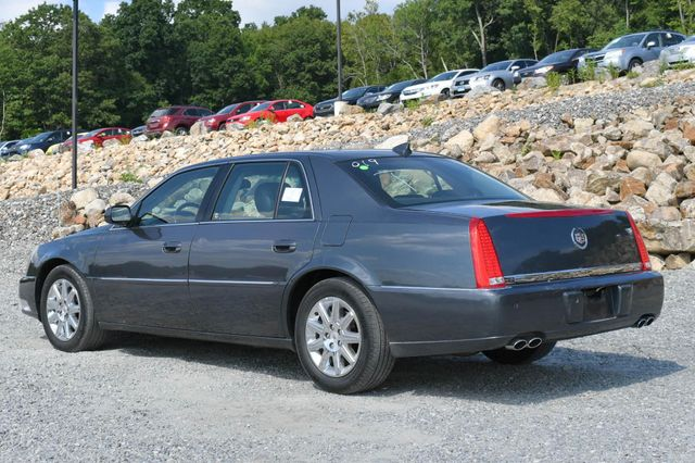 2011 Cadillac DTS Premium Collection Naugatuck, Connecticut 2