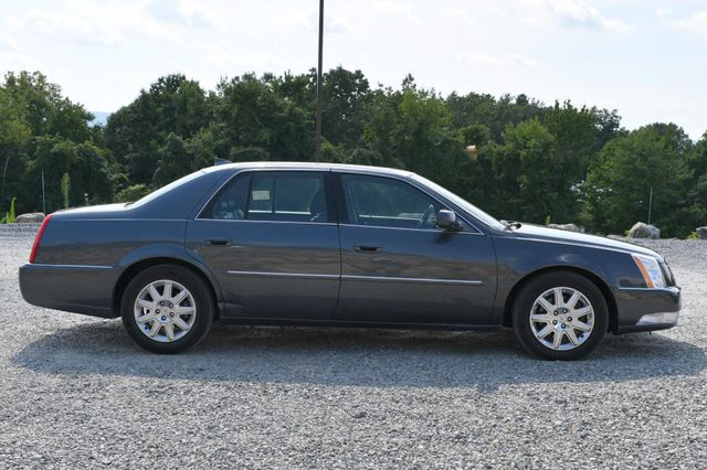 2011 Cadillac DTS Premium Collection Naugatuck, Connecticut 5