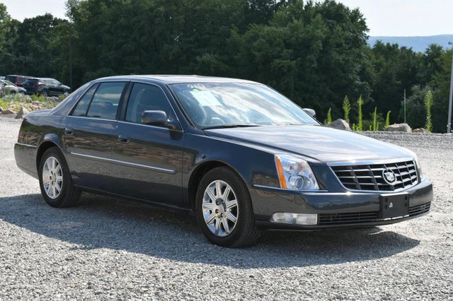 2011 Cadillac DTS Premium Collection Naugatuck, Connecticut 6