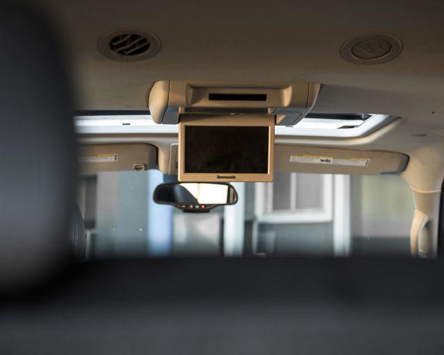 2011 Cadillac Escalade Premium Burbank, CA 14