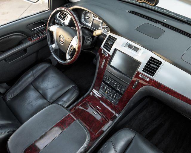 2011 Cadillac Escalade Premium Burbank, CA 16