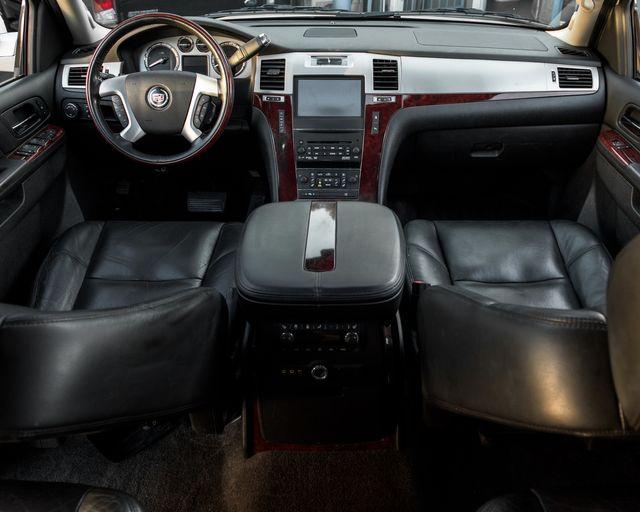 2011 Cadillac Escalade Premium Burbank, CA 17