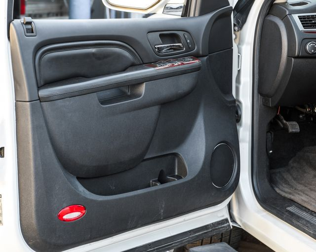2011 Cadillac Escalade Premium Burbank, CA 19