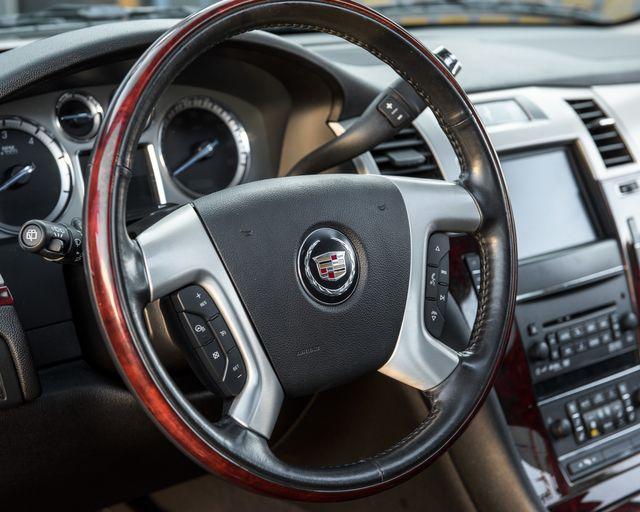 2011 Cadillac Escalade Premium Burbank, CA 22