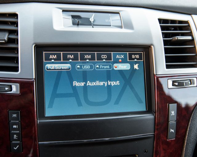 2011 Cadillac Escalade Premium Burbank, CA 25