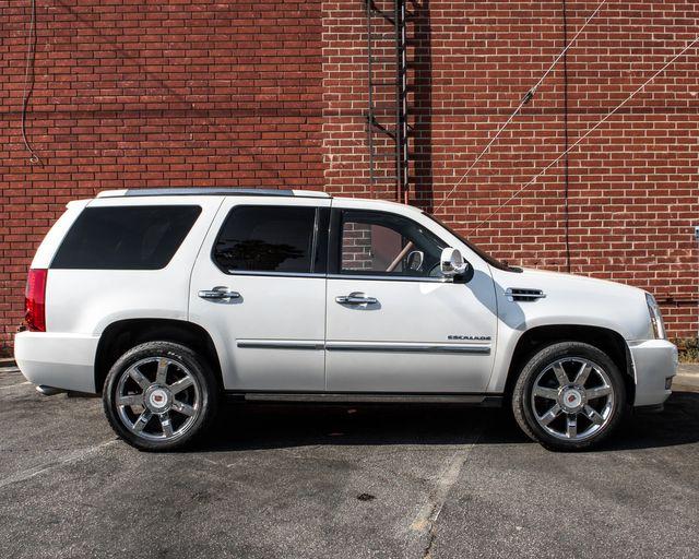 2011 Cadillac Escalade Premium Burbank, CA 3