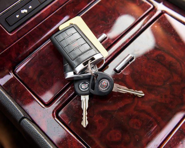 2011 Cadillac Escalade Premium Burbank, CA 31