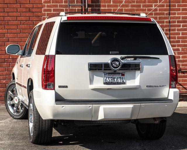 2011 Cadillac Escalade Premium Burbank, CA 5