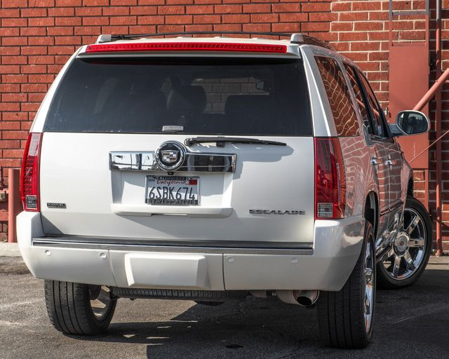 2011 Cadillac Escalade Premium Burbank, CA 7