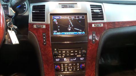 2011 Cadillac Escalade Luxury AWD Navi Tv/DVD Sunroof Clean Carfax We ... | Canton, Ohio | Ohio Auto Warehouse LLC in Canton, Ohio