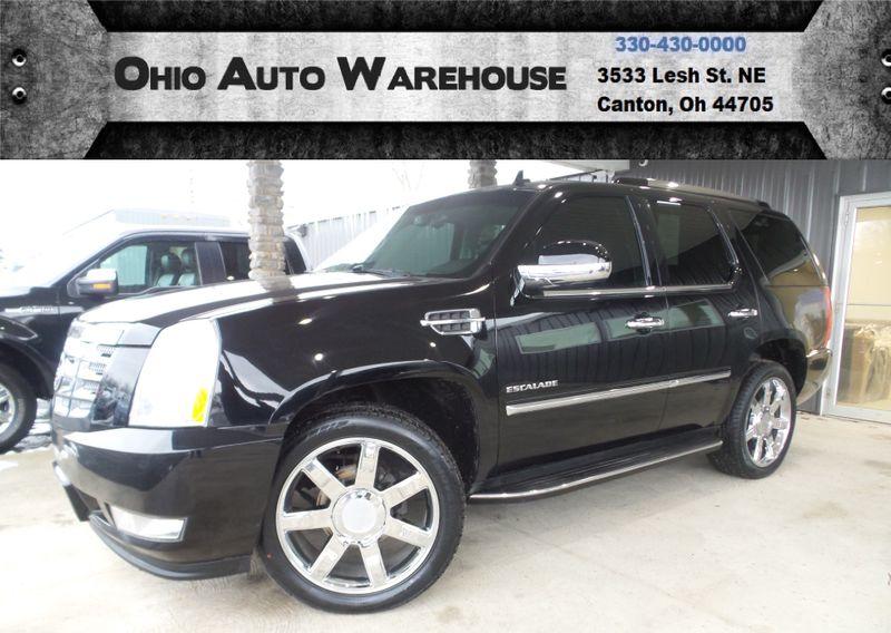 2011 Cadillac Escalade Luxury AWD Navi Tv/DVD Sunroof Clean Carfax We ... | Canton, Ohio | Ohio Auto Warehouse LLC in Canton Ohio