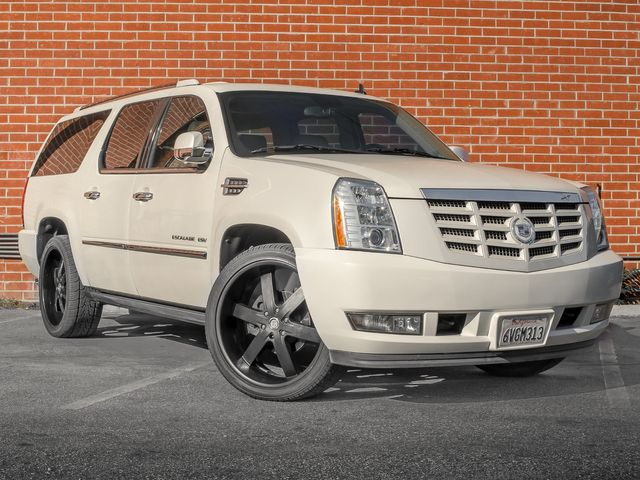 2011 Cadillac Escalade ESV Premium Burbank, CA 1