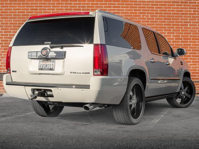 2011 Cadillac Escalade ESV Premium Burbank, CA 6
