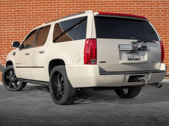 2011 Cadillac Escalade ESV Premium Burbank, CA 7