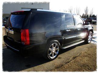 2011 Cadillac Escalade ESV Luxury Farmington, MN 1