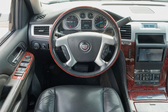 2011 Cadillac Escalade ESV Premium in Memphis, Tennessee 38115