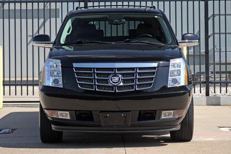 2011 Cadillac Escalade ESV Luxury*AWD*3 Rows*Nav*BU Cam*DVD*only 120k mi** | Plano, TX | Carrick's Autos in Plano, TX