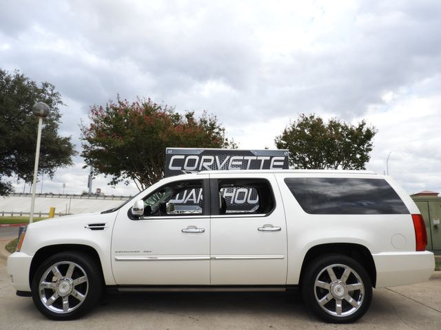 2011 Cadillac Escalade ESV Premium Rear Ent, Step Rails, NAV, Sunroof, Chromes!! | Dallas, Texas | Corvette Warehouse  in Dallas Texas