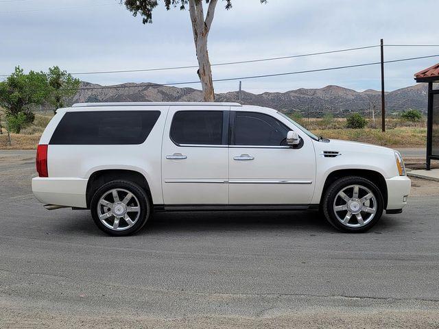 2011 Cadillac Escalade ESV Premium Santa Clarita, CA 12