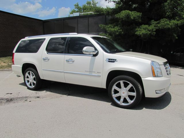 2011 Cadillac Escalade ESV Luxury St. Louis, Missouri 0