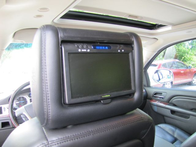2011 Cadillac Escalade ESV Luxury St. Louis, Missouri 9