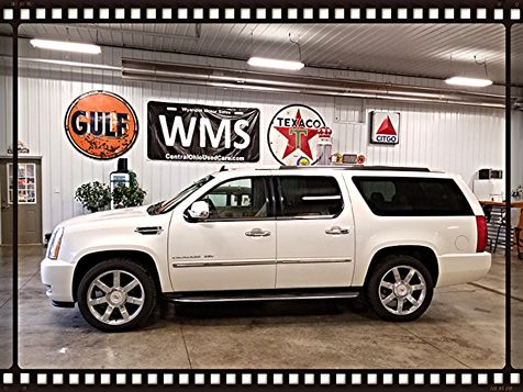 2011 Cadillac Escalade ESV Luxury in , Ohio
