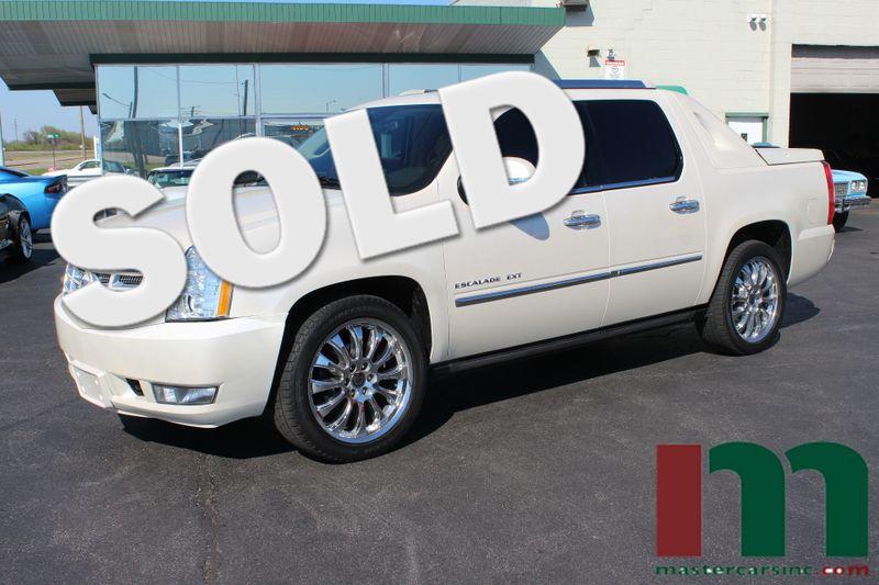 2011 Cadillac Escalade EXT Premium   Granite City, Illinois   MasterCars Company Inc. in Granite City Illinois