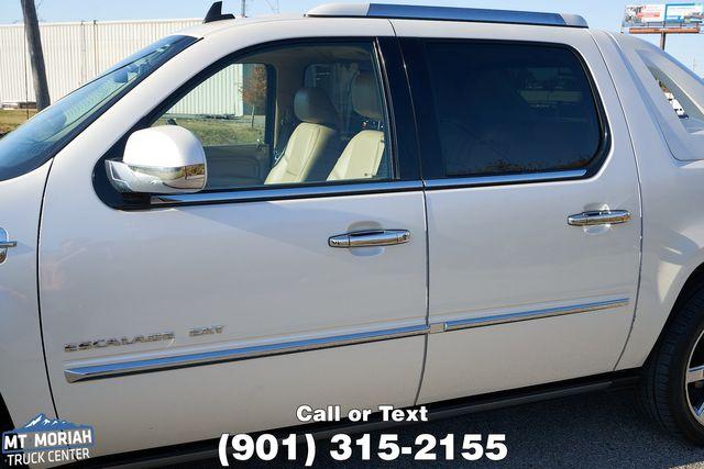 2011 Cadillac Escalade EXT Premium in Memphis, Tennessee 38115