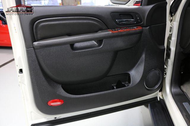 2011 Cadillac Escalade Premium Merrillville, Indiana 27