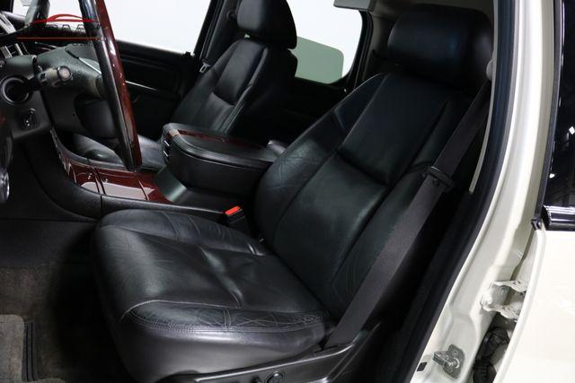 2011 Cadillac Escalade Premium Merrillville, Indiana 11