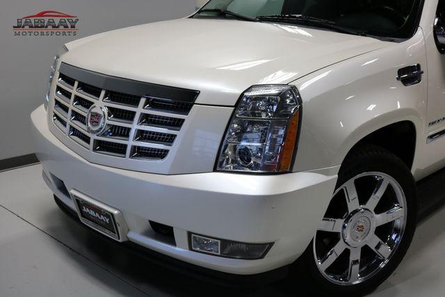 2011 Cadillac Escalade Premium Merrillville, Indiana 33