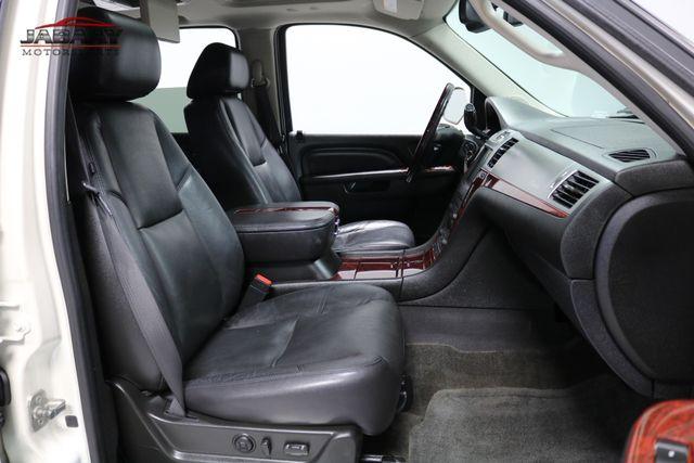 2011 Cadillac Escalade Premium Merrillville, Indiana 17
