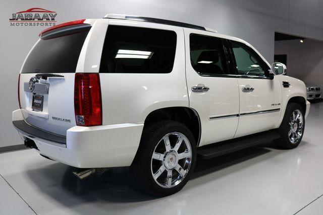 2011 Cadillac Escalade Premium Merrillville, Indiana 4
