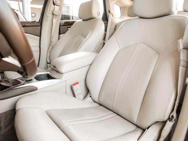 2011 Cadillac SRX Luxury Collection Burbank, CA 10