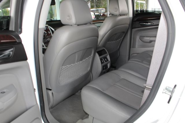 2011 Cadillac SRX Luxury Collection AWD - ULTRAVIEW SUNROOFS! Mooresville , NC 39