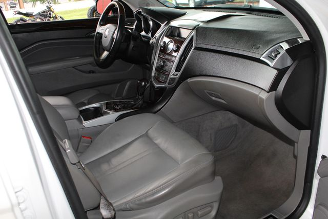 2011 Cadillac SRX Luxury Collection AWD - ULTRAVIEW SUNROOFS! Mooresville , NC 32