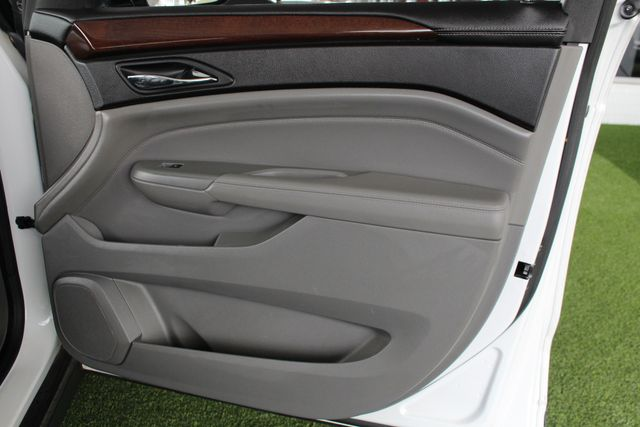 2011 Cadillac SRX Luxury Collection AWD - ULTRAVIEW SUNROOFS! Mooresville , NC 46