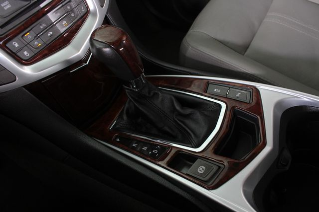 2011 Cadillac SRX Luxury Collection AWD - ULTRAVIEW SUNROOFS! Mooresville , NC 38