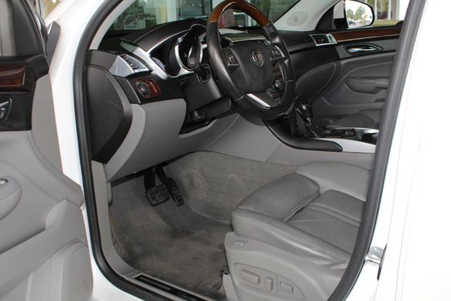2011 Cadillac SRX Luxury Collection AWD - ULTRAVIEW SUNROOFS! Mooresville , NC 30