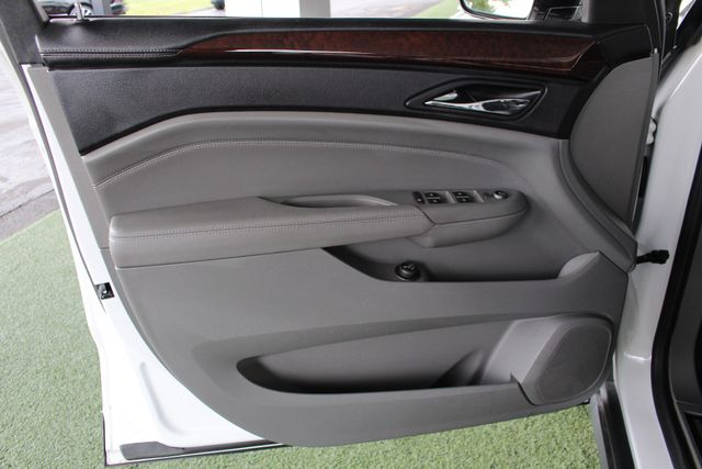 2011 Cadillac SRX Luxury Collection AWD - ULTRAVIEW SUNROOFS! Mooresville , NC 45