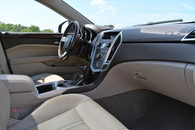 2011 Cadillac SRX FWD Naugatuck, Connecticut 8