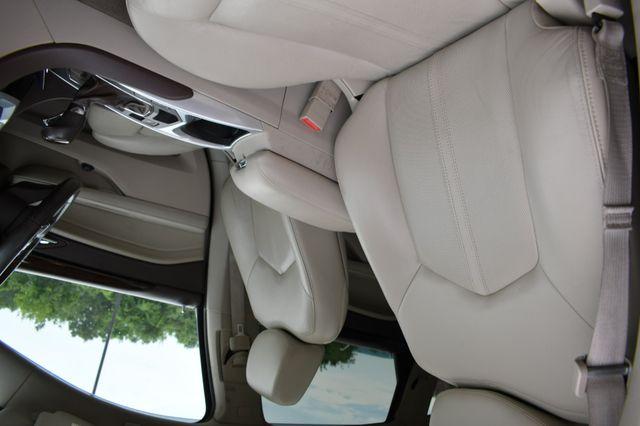 2011 Cadillac SRX Luxury Collection Naugatuck, Connecticut 9