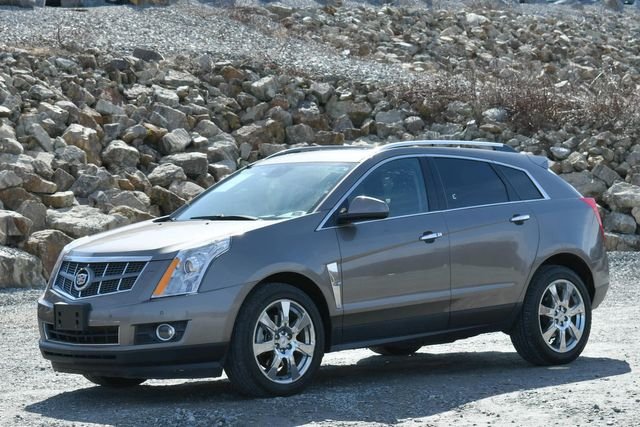 2011 Cadillac SRX Premium Collection Naugatuck, Connecticut 2