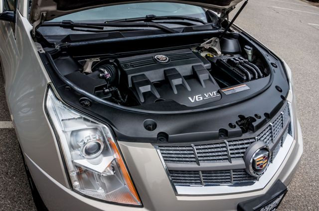 2011 Cadillac SRX Luxury Collection in Reseda, CA, CA 91335