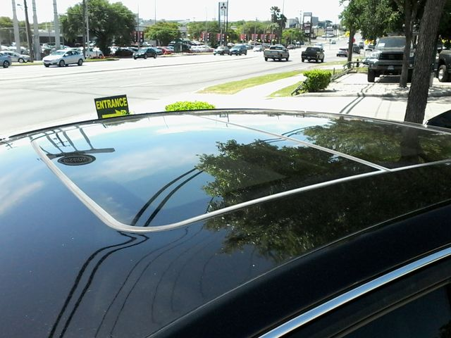 2011 Cadillac V-Series San Antonio, Texas 30