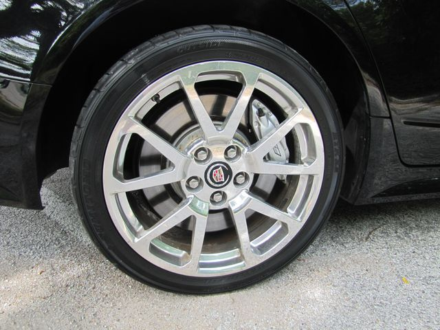 2011 Cadillac V-Series St. Louis, Missouri 26