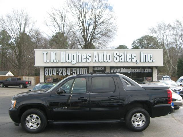 2011 Chevrolet Avalanche 4X4 LS Richmond, Virginia 0